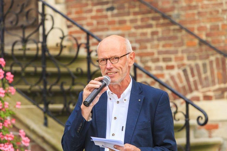 Der Laudator Heinz Harling