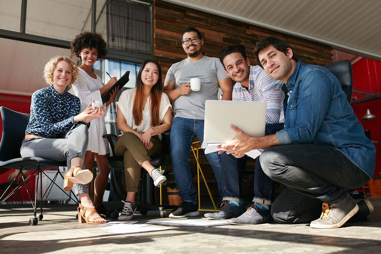 Mehrere Gründer treffen sich